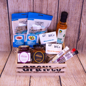 Antrim Spice Wooden Crate Hamper with all items in the wooden crate