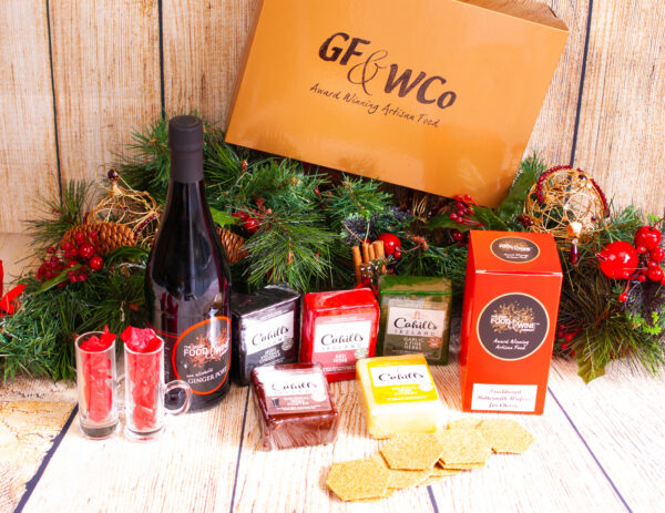 christmas port and lover of cheese hamper gift